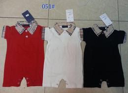 Розничная Детские комбинезоны лето девочки мальчики одежда новорожденных с короткими рукавами отворотом младенческой логотип бренда комбинезоны детская одежда от Поставщики зебра-пачки наряды