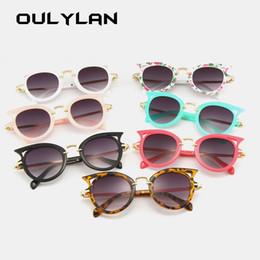 Óculos bonitos quadros marcas on-line-Olho de gato Crianças Óculos De Sol Meninas Designer de Marca Óculos de Sol Meninos Ao Ar Livre Óculos de Segurança Quadros Bonitos Crianças Eyewear UV400