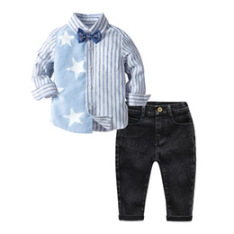 689aaaff7 Camisa a rayas azules y blancas + Vaqueros negros para niños Ropa de  estrellas Conjunto de trajes para bebés y niños Ropa para niños Ropa para  niños ...