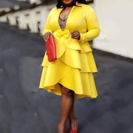Canada Femmes jaunes robe 2019 automne manches longues mi-mollet col en V asymétrique pull en couches superposés robe à volants robes midi africaines Y19073101 cheap yellow midi mid calf dress Offre