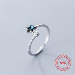 Cz 925 anillo de porcelana online-El verdadero lujo en forma de dedo 925 anillos de plata azul cristalina de la CZ de la estrella del anillo de Lady joven Jewellry de la joyería importada de China
