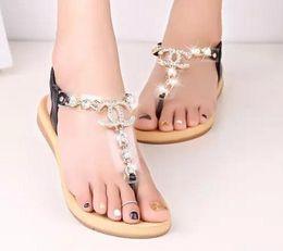 Zapatillas bohemias online-Sandalias de mujer de moda Sandalias atractivas Zapatillas de diamantes bohemias Mujer Pisos Chanclas Zapatos Sandalias de playa de verano Chanclas