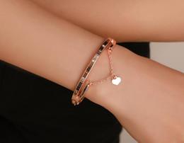 Meilleures plaques d'immatriculation en Ligne-Les chiffres romantiques de bracelet d'amour placent le coeur de gland de coeur de meilleurs cadeaux pour les amies / amis / familles
