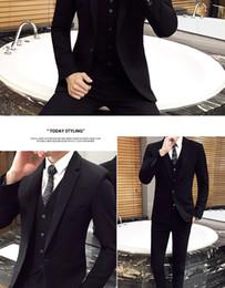 marié en robe de mariée Promotion 2019 Costume 3 pièces de style britannique pour hommes (manteau + pantalon + gilet) business casual wear usure marié garçons d'honneur mariage costume de costume dsy018