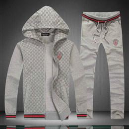 Camisola de flanela on-line-Designer de atacado por atacado sportswear dos homens conjunto de luxo com zíper trench coat calças dos homens jaqueta estilo high street jogging suit