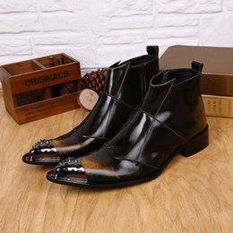 cowboy wölbungsstiefel herren Rabatt Herbst Winter britische Art beschlagene Cowboystiefel Herren Schnalle Riemen Stiefel High Top aus echtem Leder Arbeit Armee Schuhe