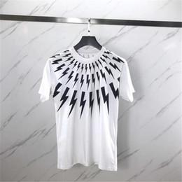 Camisas brancas unisex on-line-Luxo Verão T Shirt Collar Relâmpago Branco Impressão de Manga Curta Designer Camisas Das Mulheres Dos Homens T Camisas Unisex Tees