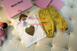 2019 survêtement jaune enfants enfants vêtements garçons kid survêtements coeur imprimé sans manches manches courtes + jaune pantalon court 2pcs costume bébé garçon Vêtements vêtements pour enfants BC-1 survêtement jaune enfants pas cher