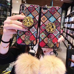pelzball für iphone Rabatt Luxuxmarmor-Telefon-Abdeckungs-Fälle für iPhone Xs Max Xr X 6 6S 7 8 Plus 6 Plus-Fälle mit Jeweled Klammer Pelz-Kugel-Handschlaufe Coque