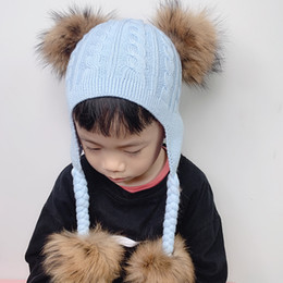 Çocuklar Bebek Skullies Beanies için Kulaklar at kuyruğu Beanie Kış kulaklığı Cap Kış Yün Örme Şapkalar ile Gerçek Kürk Ponpon bebek Şapka nereden