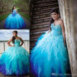 2019 vestidos 15 cor coral Querida Gradiente Cor Quinceanera Vestidos De Cristal Beading Tulle Ruffle Saia Ombre Doce 15 Vestidos De Baile Vestidos De Baile siz desconto vestidos 15 cor coral