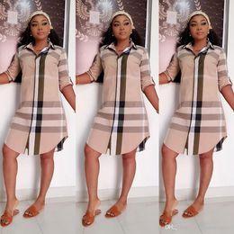 Styles de vêtements féminins occasionnels en Ligne-Femmes d'été Designer Robes chemise à carreaux Stripe Lapel manches longues Femme Vêtements OL Fashion Style Vêtements décontractés