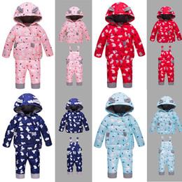 2019 osos chaquetas para niños Conjunto de plumón de bebé para niños pequeños Baby Boy Girls Cartoon Bear Coat Niños Ropa de diseño Infant Girls Chaqueta con capucha cálida Winter Down Pants 06 osos chaquetas para niños baratos