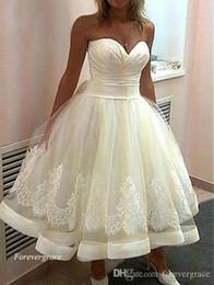 2019 vestidos brancos de mão cheia 2019 New Retro 1920s chá de comprimento vestido de noiva A linha querida Lace Applique vestido de noiva Custom Made Plus Size