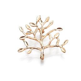 2019 verdadeiras árvores de natal Tiro Real Banhado A Ouro Árvores Broche de Presente de Natal Das Mulheres de Metal Pin Moda Brosh 2019 b69 desconto verdadeiras árvores de natal