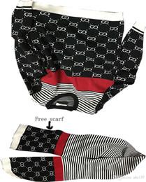 2019 lenços naturais Camisola estilo italiano clássico estilo clássico cachecol italiano de boa qualidade qualidade super bom livre para enviar um cachecol com uma combinação perfeita lenços naturais barato