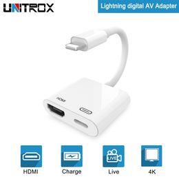 Ipad cable tv hdmi online-HDMI para Lightning a adaptador AV digital con puerto de carga para HD TV Monitor Projector 1080P para iPhone / iPad / Pod / iOS