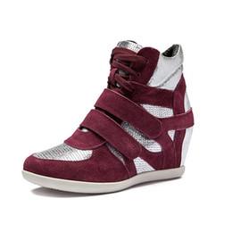 корейская мода клин обувь Скидка Горячая распродажа-молодые дамы женщин формальный Клин корейский пятки замши мода кроссовки шнуровке спортивная обувь