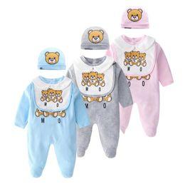 2019 roupas de animais recém-nascidos bonitos Nova Moda Infantil Roupas de Bebê conjunto Bonito Do Bebê Recém-nascido Do Bebê Meninos Carta Romper do bebê menina bibs Cap Outfits Set BY1110 roupas de animais recém-nascidos bonitos barato