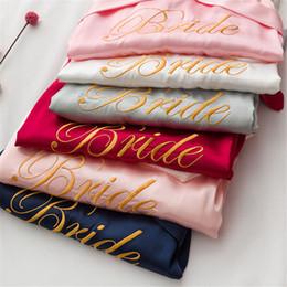 Vestido de boda de seda bordado online-Satén de seda de las mujeres nupcial con cordones Kimono bata bordada ropa de dormir de dama de honor Sexy Lady Vestidos de boda Vestido de noche Pijamas 9 colores