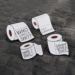 Zaini divertenti delle donne online-Roll Paper Series! Accessori per lo zaino in stoffa Bianco Happens perni in metallo smaltato Funny Quote Badge Spille per uomo Donna