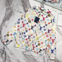 2019 горячая новая тенденция классический повседневная толстовка женская куртки совместное имя письмо логотип печать свет лето защита от солнца дикий мода куртка от