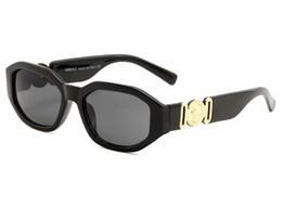 Люминесцентные лампы онлайн-Классический бренд солнцезащитных очков высокого качества поляризационные лампы марки предназначены солнцезащитные очки класса люкс солнцезащитные очки womentype ослепить глаза кошки лето