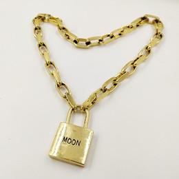 Gargantilla de metal vintage online-Nuevas Mujeres Vintage Metal Lock choker Collar Chunky hecho a mano Cadena de Enlace collar Colgante Mujer Colliers Joyería de Moda 2019