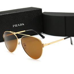 Cornici uniche di occhiali online-2019 Summer style New Fashion Occhiali da sole da uomo Large Frame Ocean Sunglasses occhiali da sole con montatura a specchio Occhiali da sole Homme con scatola P6601