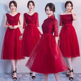 graduação vestidos clássicos Desconto Clássico Vermelho Rendas Mulheres Roupas Brinde Magro Rendas Vestidos de Festa À Noite Da Dama De Honra Vestido de Noiva Nobre Chiffon Vestidos de Formatura
