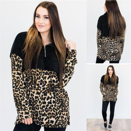 Leopardo velo hoodies on-line-Women Fleece Hoodie Leopard Patchwork Sherpa Pullovers Sweatshirt V-Neck Zipper Sweaters Long Sleeve Tops Women Winter Fall Tees GGA3024-5