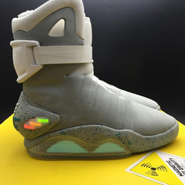 botas margiela Desconto 2020 Shoes Authentic Air Mag Back To The Future brilham no escuro Sneakers Grey Marty Mcfly LED iluminando Mags Preto Botas Vermelho Tamanho 7-12
