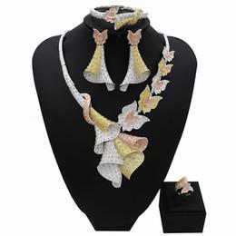 ensemble de bijoux design papillon Promotion TSROUND Papillon Fleur Pendentif Collier Dubaï Ensembles de Bijoux pour Les Femmes Italie Mode Nouvelle Arrivée Conception
