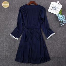rendas vestidos de dama de honra de duas cores Desconto Mulheres 2019 Robe Define Lace Silk Banho Vestido Set sono vestido Robe Two Piece 5 Color Robe dama do Sleepwear