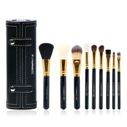 Pinceles de maquillaje porta vasos online-9 Unids Set Kit Pinceles de Maquillaje Belleza de Viaje Profesional Mango de Madera Labios de Base Cosméticos con Titular Taza Case PPA308