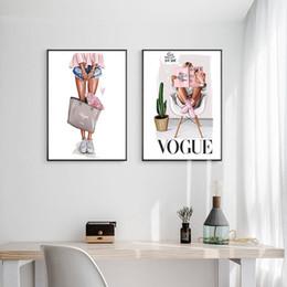 Bolsas de impresión de moda online-Nordic Art pared de la lona del cartel de impresión Vogue Fashion Girl con el bolso de la muchacha Pintura Decoración imagen Sala de estar Decoración sin marco