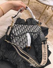 Sacchi di messaggero teschi online-Borse a tracolla in pelle nera da donna moda vintage messenger cool cranio rivetti borse a spalla sac un bolsa principale