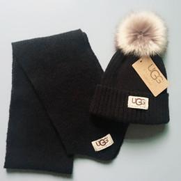 Cappelli di lana per neonati online-Set di sciarpe per cappelli invernali per bambini Cappelli per bambini a doppio strato in maglia Sciarpe per berretto in lana calda per bambini Regali di Natale