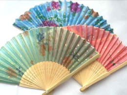 Argentina WholesalerLots 100 pcs Handcraft Asian China Seda Underton plegable Bamboo Fans Suministro