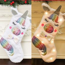 Luces de navidad de coral online-Calcetín de Navidad LED Unicornio Animal de dibujos animados Calcetín de felpa Con luz Árbol de navidad Decoración bolsa de regalo de DHL