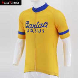 Camisetas de ciclismo cool hombres online-VIDATIERRA 2019 ciclismo masculino Amarillo Racing Ropa Ciclismo Maillot ciclismo pro team Ropa Deportes al aire libre fresco clásico Fascinante