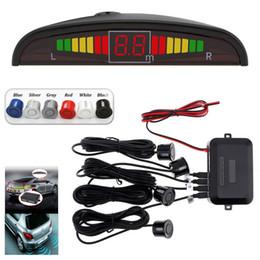 Зуммер красный онлайн-Датчики парковки автомобиля Parktronics 4 Black / silver / white / red / blue Плоские датчики обратного резервного копирования Radar Sound Buzzer