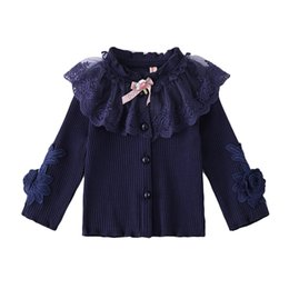 Туз любовь девочка одежда 2018 новая девушка кардиган Детская одежда повседневная вышивка цветок кружева вязание свитер пальто девушки от