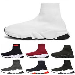 2019 chaussettes blanches Balenciaga Offre spéciale 2019 Speed Trainer Marque de luxe Chaussures rouge gris noir blanc plat classique Chaussettes Bottes Baskets Femmes Baskets Taille 36-45 chaussettes blanches pas cher
