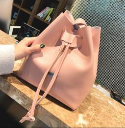 bolsas pvc de qualidade Desconto Sacos de ombro Noé bolsa de balde de couro mulheres marcas famosas bolsas de grife de alta qualidade flor impressão bolsa crossbody bolsa TWIST