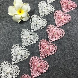 La collana del merletto diy online-Cuore Patchwork Lace Ribbon DIY Sew Apparel Handmade Trims Garment Wedding birthday party Scrapbook collana Decorazione