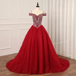vestidos de quinceañera Rebajas Royal Designer Quinceanera Vestidos de baile Vestido de fiesta Vino Rojo Frío Hombro Cristal vestidos De 15 16 Vestidos para niñas Barato largo