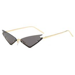 2019 labio gato Nuevo lujo HD marco dorado pequeño ojo de gato gafas de sol mujer labios retro damas gafas de sol diseñador de la marca moda retro gafas de sol gafas mujer