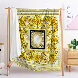 flannel blanket queen Promo Codes - designer luxury cute throw blanket sleeping blanket flannel blanket travel sofa single double large bedding (BCW57)