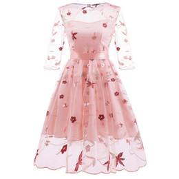 2019 frauen neue kleid spitze handgestickte vintage blumen und ahornblatt design punktiert puffy dress party kostüm von Fabrikanten